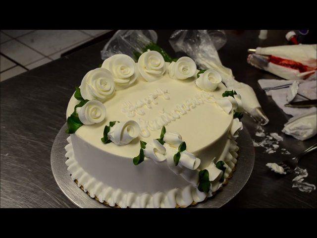 Decora una tarta de cumpleaños en 5 minutos 4