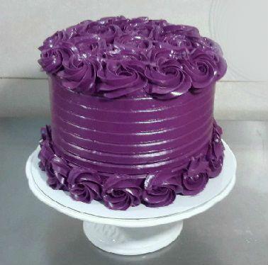 tarta-de-rosas-violetas
