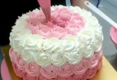 Decora una tarta ombre cake en 2 minutos una genia - Mira y decora ...