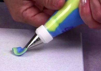 como-rellenar-una-manga-de-reposteria-con-2-colores