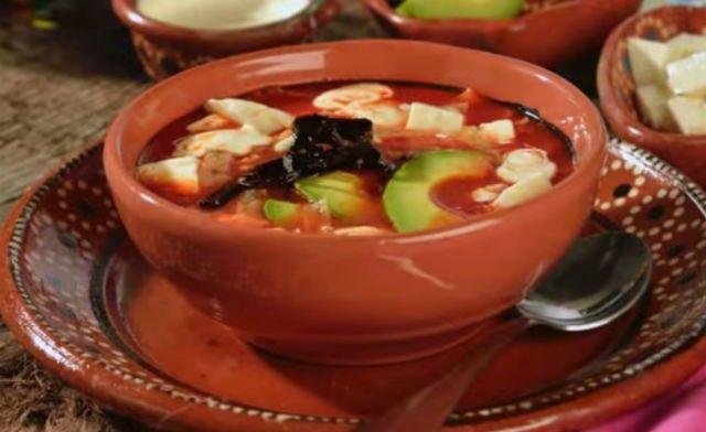 sopa-azteca-la-receta-mexicana-original