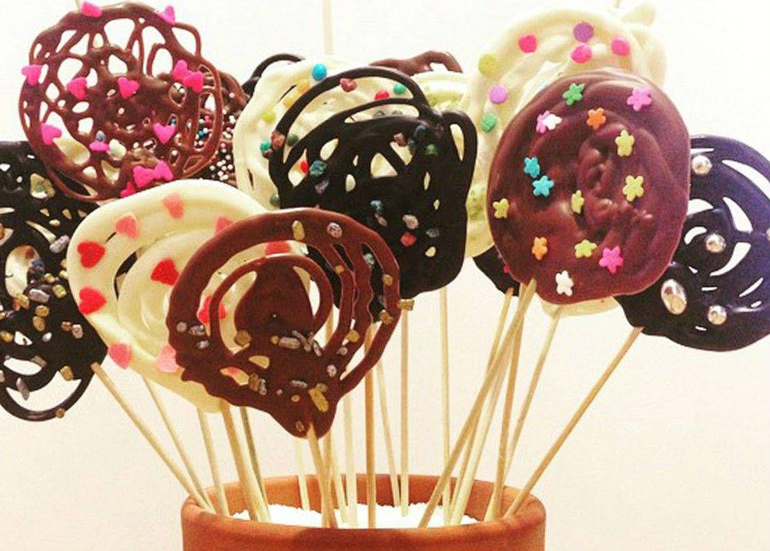 como-hacer-piruletas-de-chocolate-facil-y-rapido