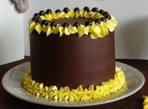 como-hacer-un-hermoso-pastel-de-chocolate-y-platano