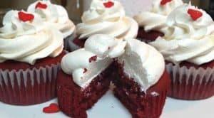 como-hacer-cupcakes-de-red-velvet