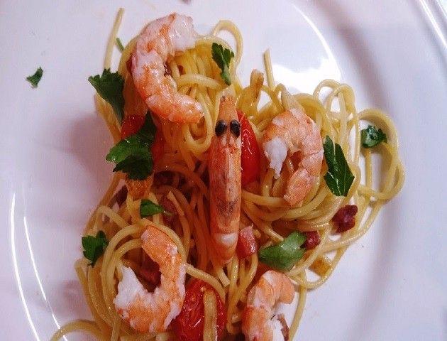 espaguetis-con-langostinos