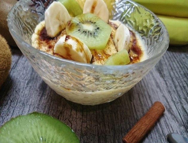 Natillas caseras con frutas lateral
