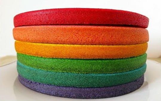 como-hacer-bizcochos-de-colores