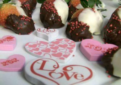 como-decorar-fresas-con-chocolate