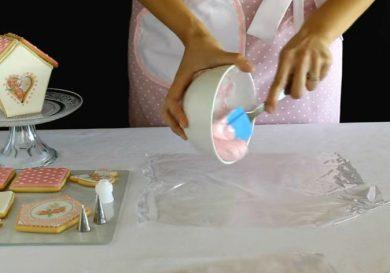 como-rellenar-una-manga-pastelera-para-poder-reutilizarla