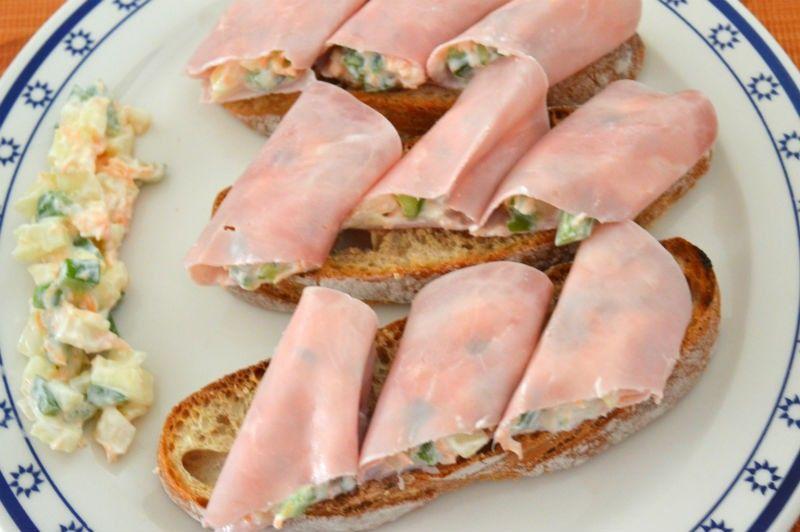 rollitos-de-jamon-cocido-con-verduras-y-queso-crema-3