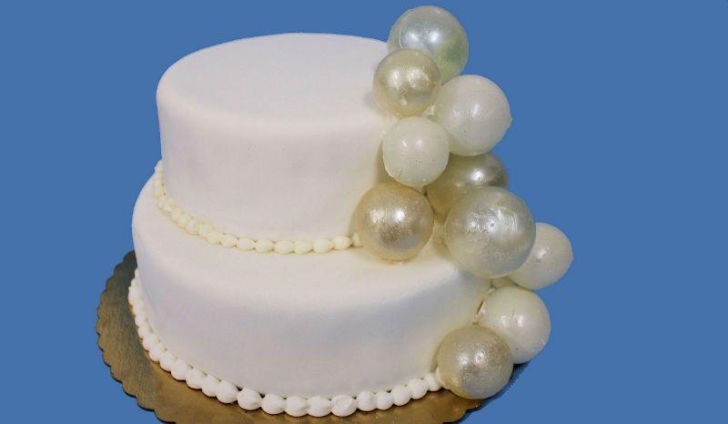 como-hacer-burbujas-de-gelatina-o-grenetina-para-decorar-tartas