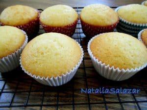 Cómo hacer cupcakes de naranja ¡Los más ricos esponjosos y deliciosos!