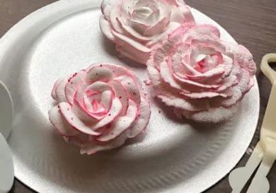 Cómo hacer rosas con crema chantilly