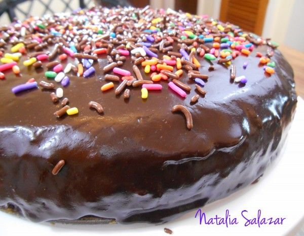 cake-de-chocolate-con-glaseado-de-la-abuela