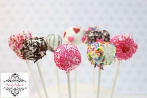 como-hacer-cake-pops-de-bizcocho-super-faciles-y-deliciosos