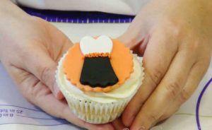 curso en video decoracion de cupcakes con fondant