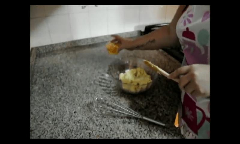 Profiteroles rellenos de crema pastelera masa 3