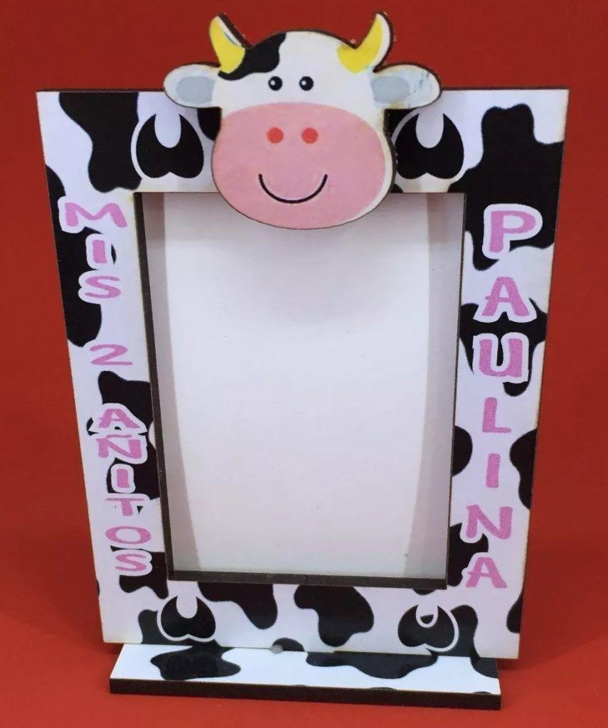 Portaretrato de la vaca Lola