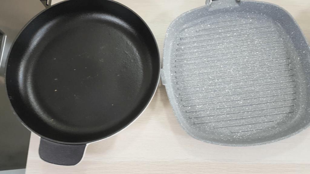 Utensilios de cocina sartenes y planchas